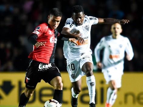 Es oficial: Cazares es nuevo jugador de Corinthians