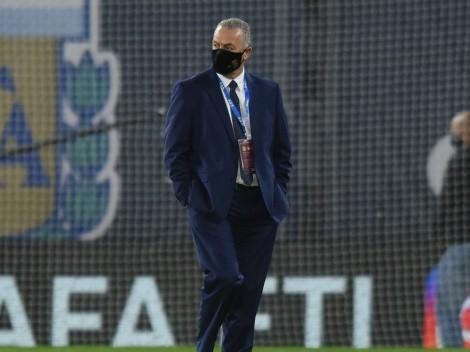 Alfaro prepara un once muy ofensivo para chocar contra Uruguay
