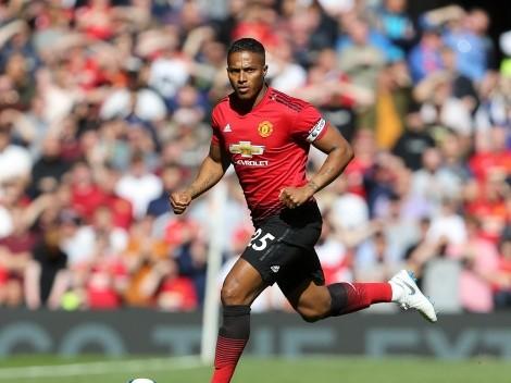 (FOTO) Manchester United asigna el dorsal 25 y recuerda a Antonio Valencia