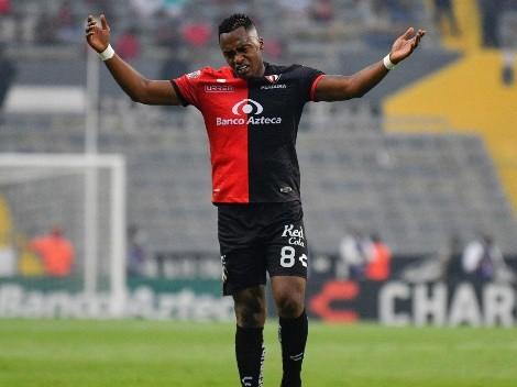 Menos opciones: Dos clubes descartan a Renato Ibarra