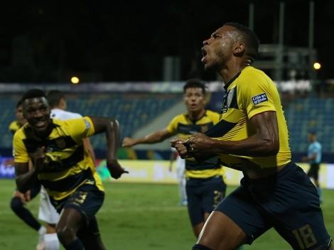 Posibles bajas: Tres jugadores de Ecuador entrenan diferenciados
