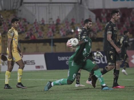 Delfín es pura alegría: Así celebra un gol Johan Padilla