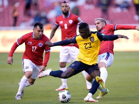 (VIDEO) El Beerschot destaca el partidazo de Moisés Caicedo frente a Chile