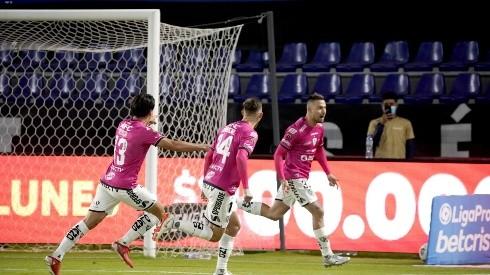 Independiente del Valle se llevaría a dos figuras de U. Católica